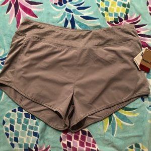 Reebok Shorts size L